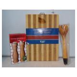 Farberware Pepper Mill Set, Cutting Board & Spoons