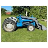 Ford 3000 Loader Tractor