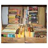 #2090 Science Fiction/Fantasy paperbacks lot
