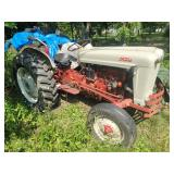 Ford 800 Gas Tractor