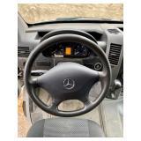 Trailer brake controls