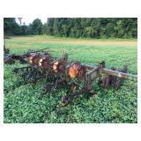 John Deere 825 Row Crop Danish Tine 6 row cultivator