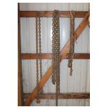 Various sizes of chains, etc.