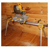 "DeWalt DW718 - 12"" Double Bevel Sliding Compound Miter Saw"