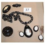 #37 Victorian Jet Jewelry incl. Cameos