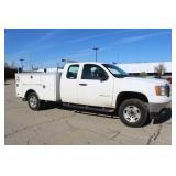 #1097  2011 GMC Sierra Utility Truck