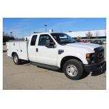 #1000 2010 Ford F350 Utility Truck - 47.5k miles