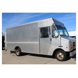 #1075 2013 Ford E-450 14' Step Van
