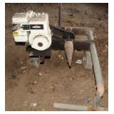 Screw type log splitter w/ gas engine