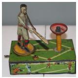 #479 Babe Ruth Home Run King tin litho toy
