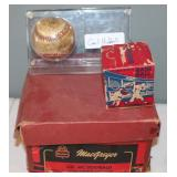 #480 Gil McDougald glove box, sealed vintage baseball, Hubbell signed ball