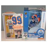 #486 Gretzky lot incl. org. doll, figure in box, 2nd year card