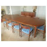 Mid Century Modern Dining Table w/ 10 chairs