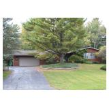 Real Estate Auction - Fantastic Large 3 Bedroom Brick Ranch in Pine View Estates