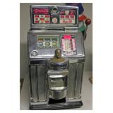 The Governor 25 cent Slot Machine by Jennings - closed front
