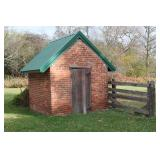 Several smaller farm buildings incl. smoke house