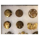 #477 Cap badges, Seals, etc.