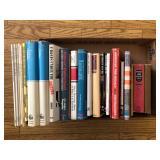 #528 US & German book lot incl. Uniforms, Badges, Recognition, etc.