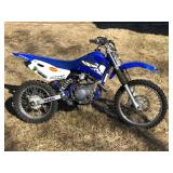 #751 2004 Yamaha Motorcycle