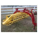 2013 New Holland 258 rolabar rake