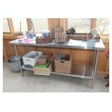 (4) Stainless work tables