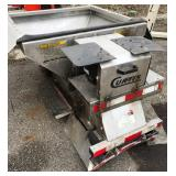 Curtis Vbox spreader for utility cart
