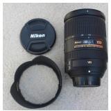 Nikon AFS Nikkor 18-300mm
