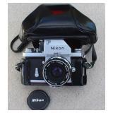 Nikon F Nikkor-H Auto camer