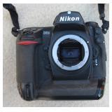 Nikon D2X Camera