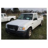 #1497 2009 Ford Extended Cab Ranger Compact Pickup - 89,200+ miles