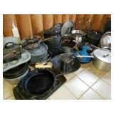 Extensive Pots and Pans Cookware Group