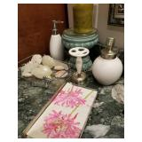 Wash Room Decor and Accessories