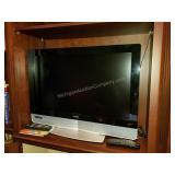 """Vizio 31.5"""" HDTV Television with Remote"""