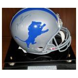 3032: Detroit Lions Steve Owens Signed Full Size Helmet