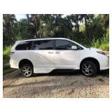 2013 Toyota Sienna NorthStar Handicapped Van