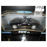 MAISTO 1:18 SCALE BMW Z8 CONVERTIBLE MODEL