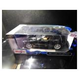 MAISTO 1:18 SCALE 2014 CORVETTE STINGRAY MODEL