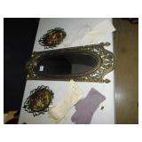 MIRROR, 2 PICTURES PLASTIC, 6 PAIRS GLOVES