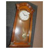 "QUARTZ WALL CLOCK, BATTERY OPERATED, 29"" LONG X"