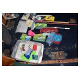 GROUP OF MISC CLEANING SUPPLIES