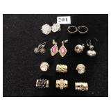 FIVE PAIR OF EARRINGS AND FIVE JOAN RIVERS GOLD