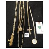 GROUP OF CHAIN NECKLACES RELIGIOUS, CROSS, ANGEL