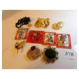 ASSORTED CHRISTMAS PINS, CLOWN AND LARGE TIGER,