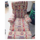 LAZYBOY RECLINER WITH 2 EXTRA BACK CUSHIONS