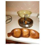 VINTAGE SALAD BOWL, WOODEN NUT DISH AND CRACKER,