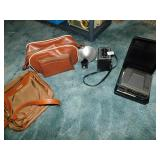 CAMERA WITH CASE SPARTUS, POLAROID WITH CASE AND