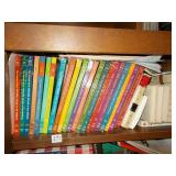 GROUPS OF ENCYCLOPEDIAS AND THE GREAT IDEAS