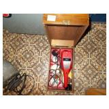ELECTRIC SHOE POLISHER AND ATTACHMENTS A\IN