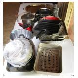 ASST. POTS AND CAKE PANS