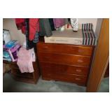 2 CHEST OF DRAWERS AND 2 CLOSETS OF CLOTHING